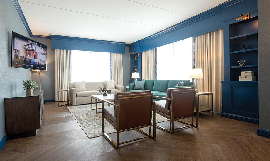 Hotel_Exec_Suite_1_Gallery_920x550